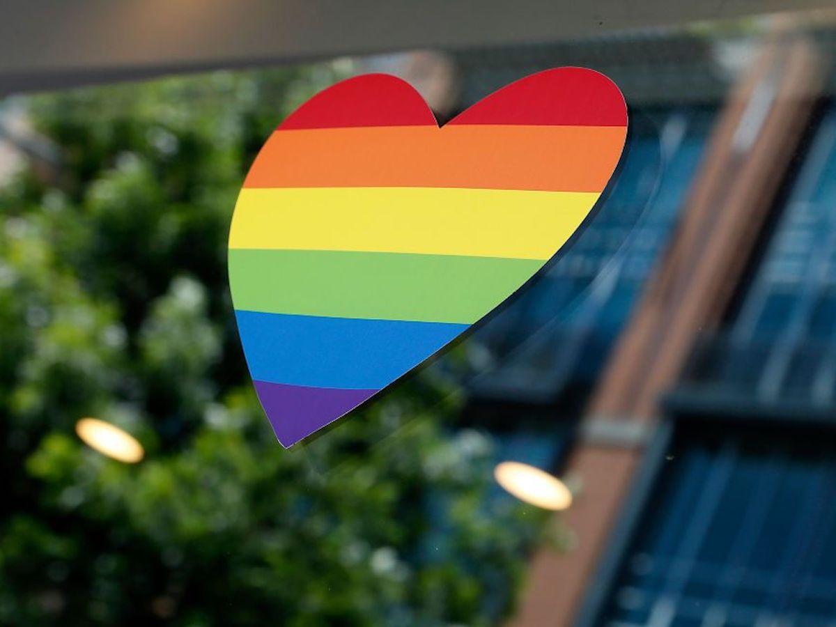 「同志驕傲月」由來是什麼?彩虹代表意義?一起支持 LGBTQ!